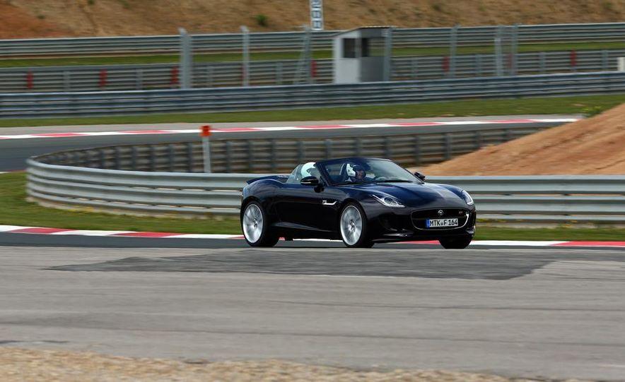 2014 Jaguar F-type V6 S roadster - Slide 11