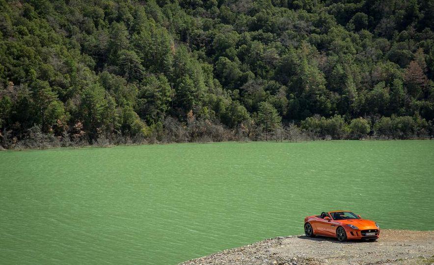 2014 Jaguar F-type V6 S roadster - Slide 109