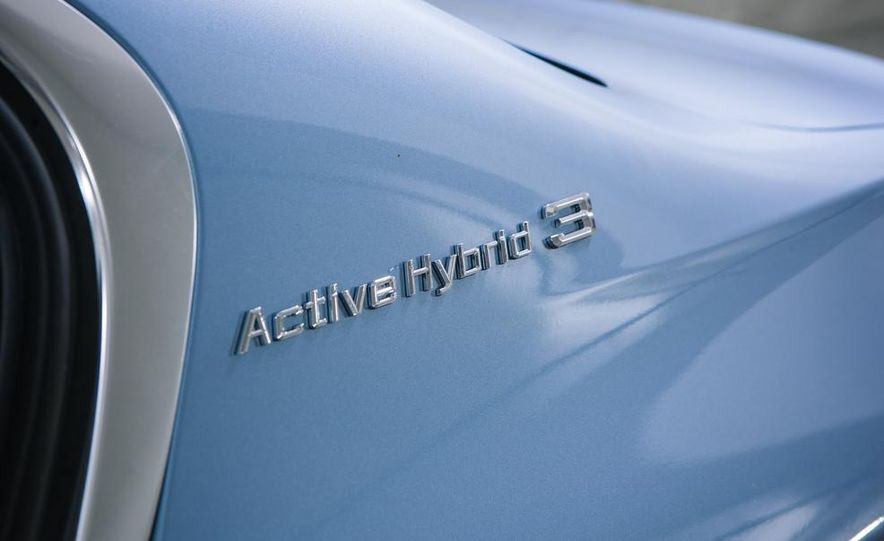 2013 BMW ActiveHybrid 3 - Slide 12