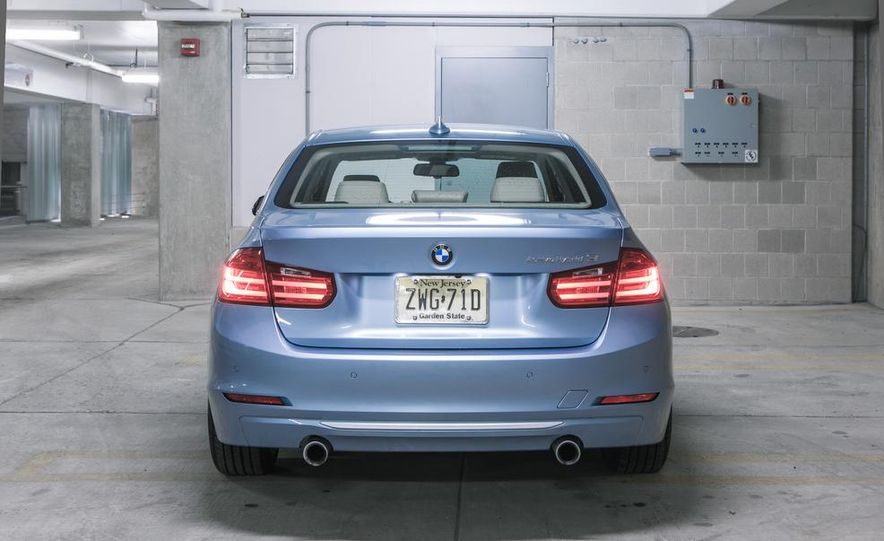 2013 BMW ActiveHybrid 3 - Slide 9