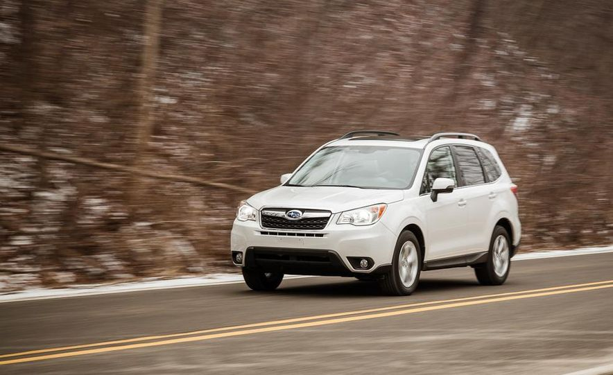 2014 Subaru Forester 2.5i Touring AWD - Slide 3