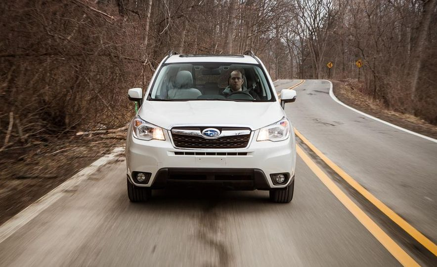 2014 Subaru Forester 2.5i Touring AWD - Slide 4