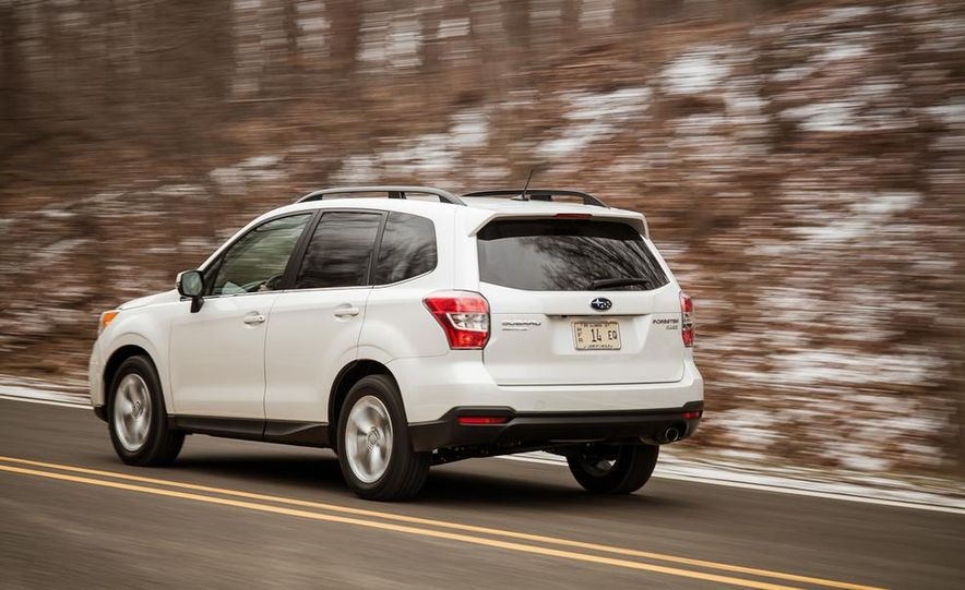 2014 Subaru Forester 2.5i Touring AWD - Slide 5