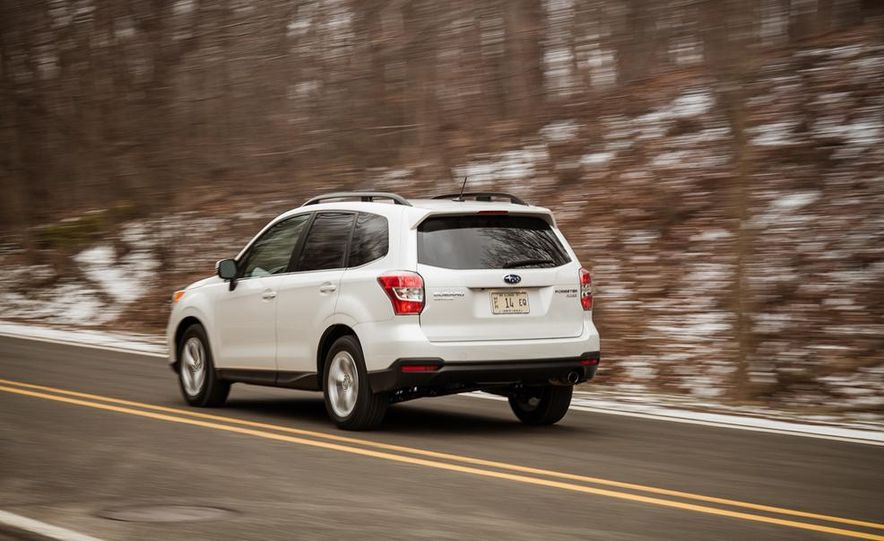 2014 Subaru Forester 2.5i Touring AWD - Slide 6