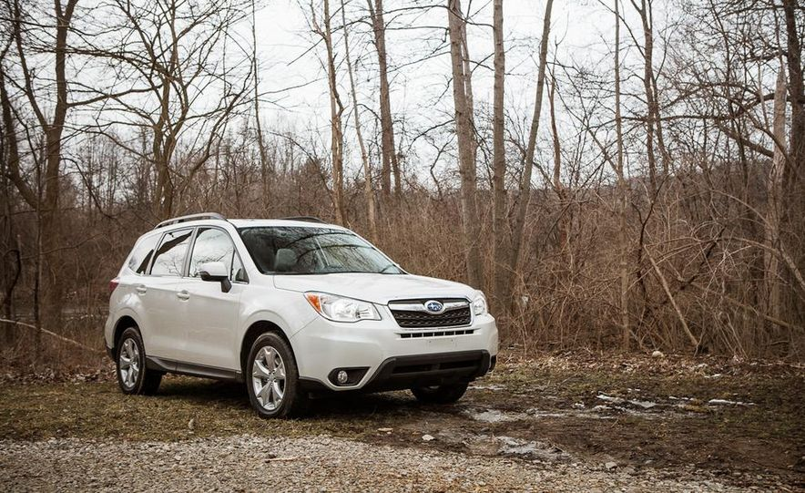 2014 Subaru Forester 2.5i Touring AWD - Slide 7