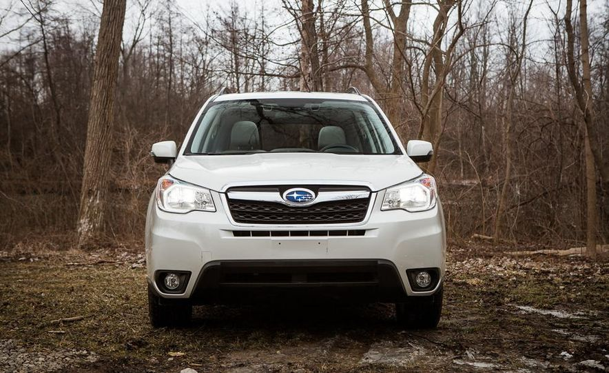 2014 Subaru Forester 2.5i Touring AWD - Slide 8