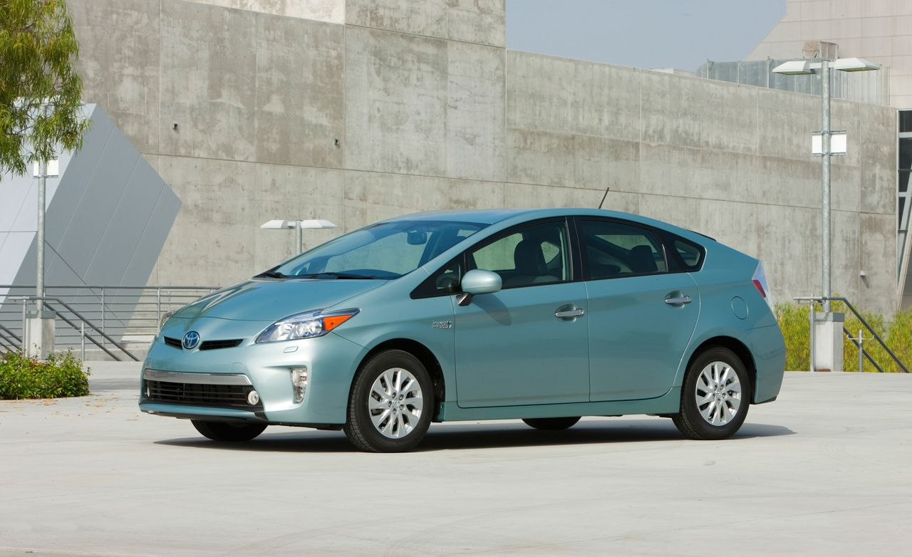 These Tests Failed You: Why Is the EPA So Bad at Estimating Hybrid Fuel Economy?