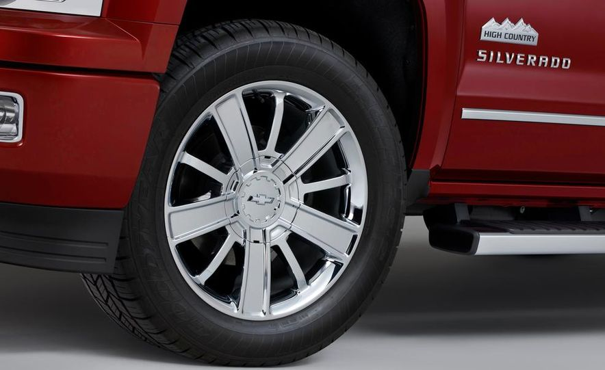 2014 Chevrolet Silverado High Country - Slide 10