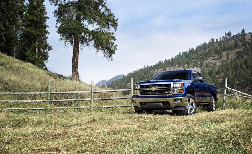 2014 Chevrolet Silverado High Country - Slide 14