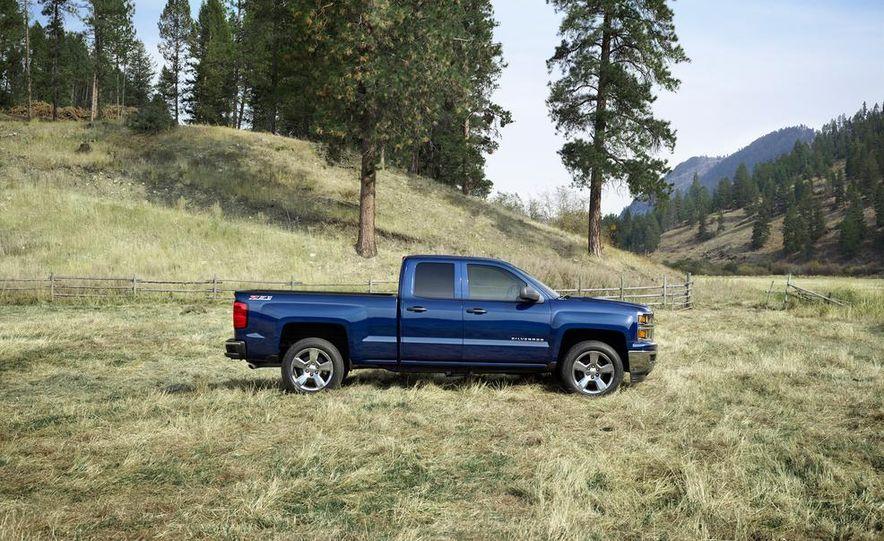 2014 Chevrolet Silverado High Country - Slide 20