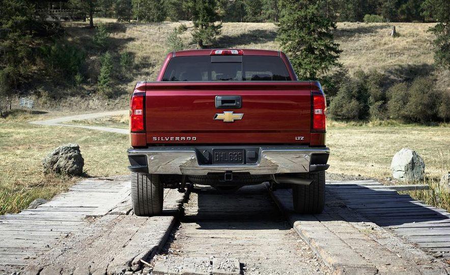 2014 Chevrolet Silverado High Country - Slide 29
