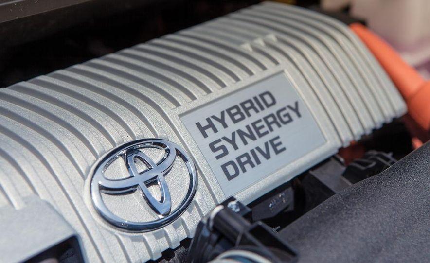 2013 Toyota Prius V - Slide 41