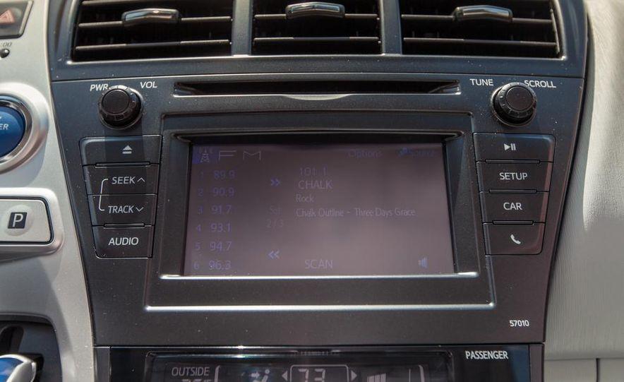2013 Toyota Prius V - Slide 33