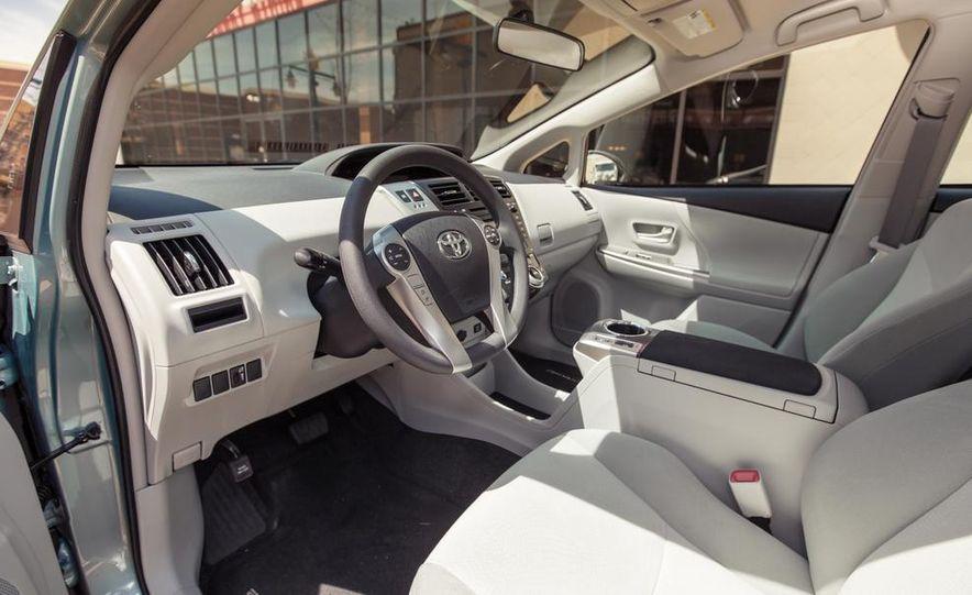 2013 Toyota Prius V - Slide 23