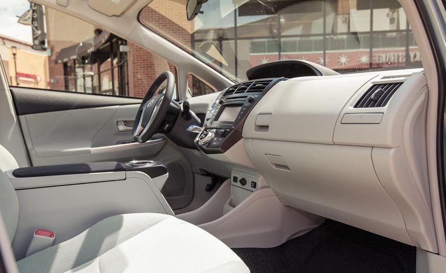 2013 Toyota Prius V - Slide 24