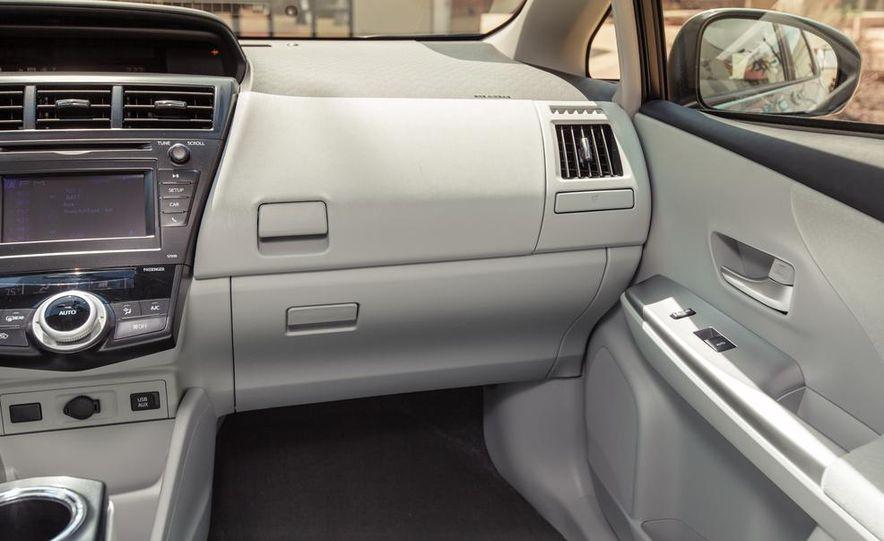 2013 Toyota Prius V - Slide 28