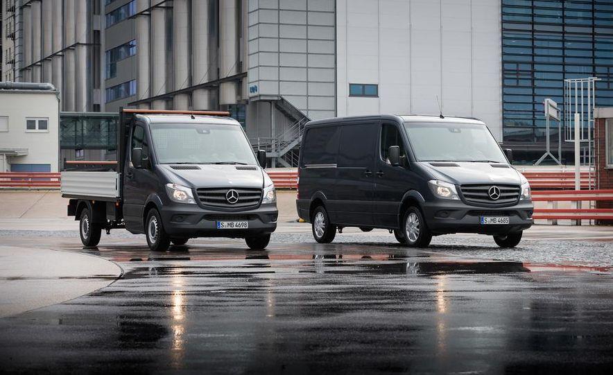 2014 Mercedes-Benz Sprinter cargo van - Slide 8