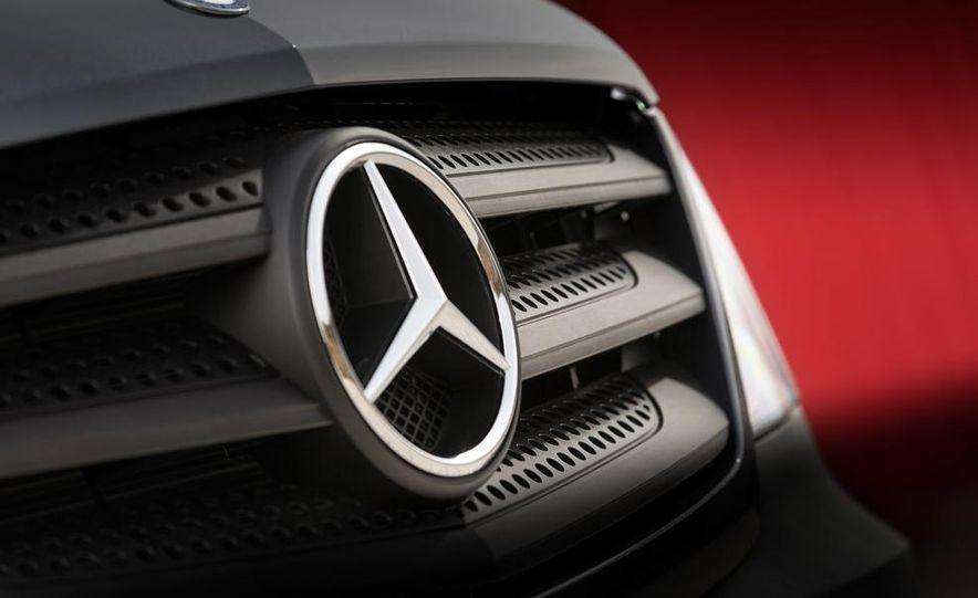 2014 Mercedes-Benz Sprinter cargo van - Slide 4