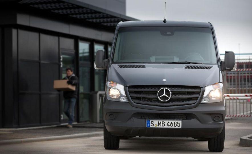 2014 Mercedes-Benz Sprinter cargo van - Slide 3