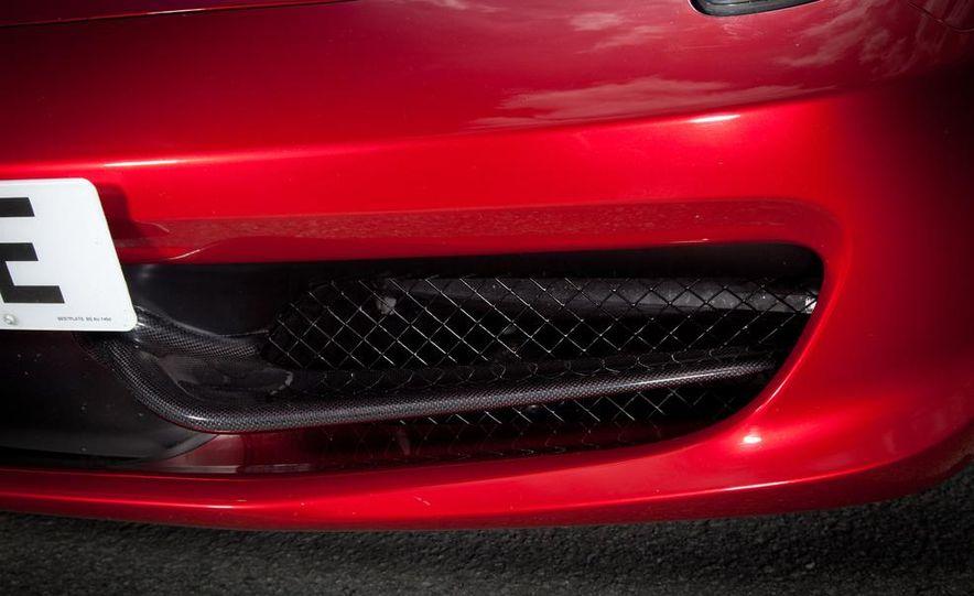 2011 Ferrari 458 Italia - Slide 17