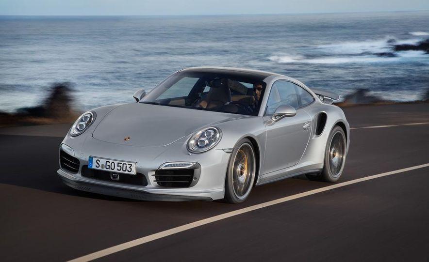 2014 Porsche 911 Turbo S coupe - Slide 2