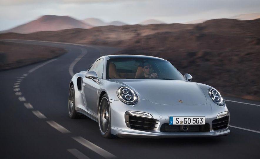 2014 Porsche 911 Turbo S coupe - Slide 3