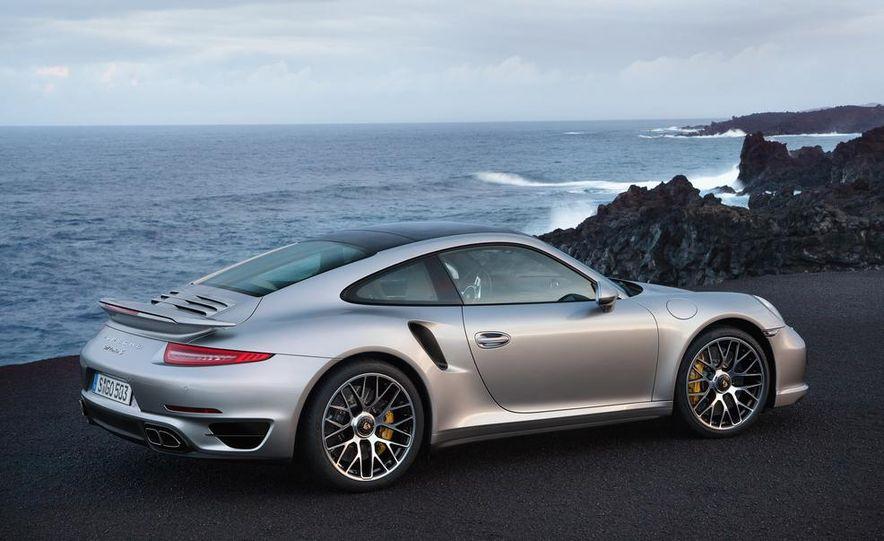 2014 Porsche 911 Turbo S coupe - Slide 8