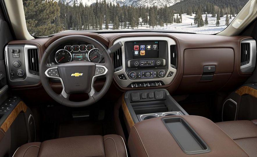 2014 Chevrolet Silverado High Country - Slide 3