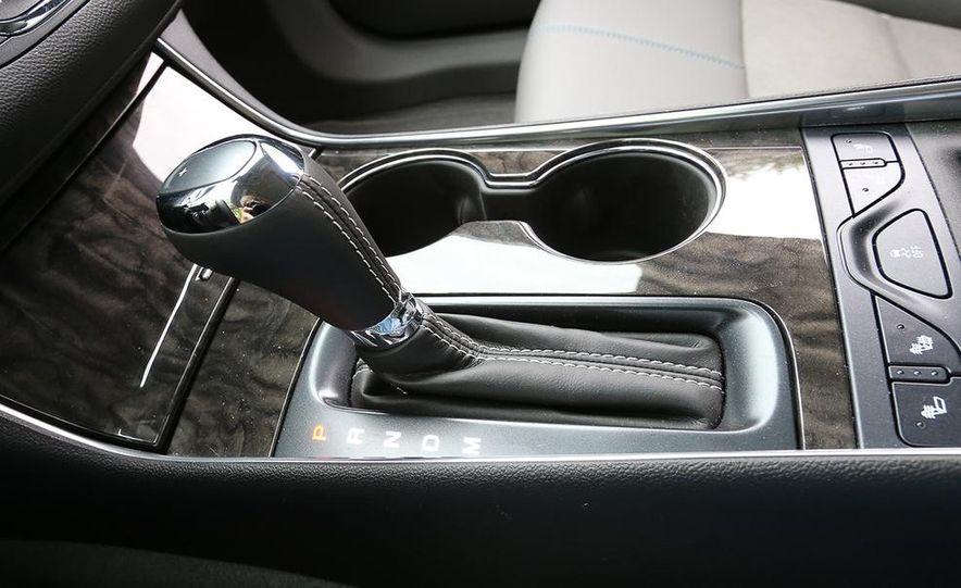 2014 Chevrolet Impala LT - Slide 16