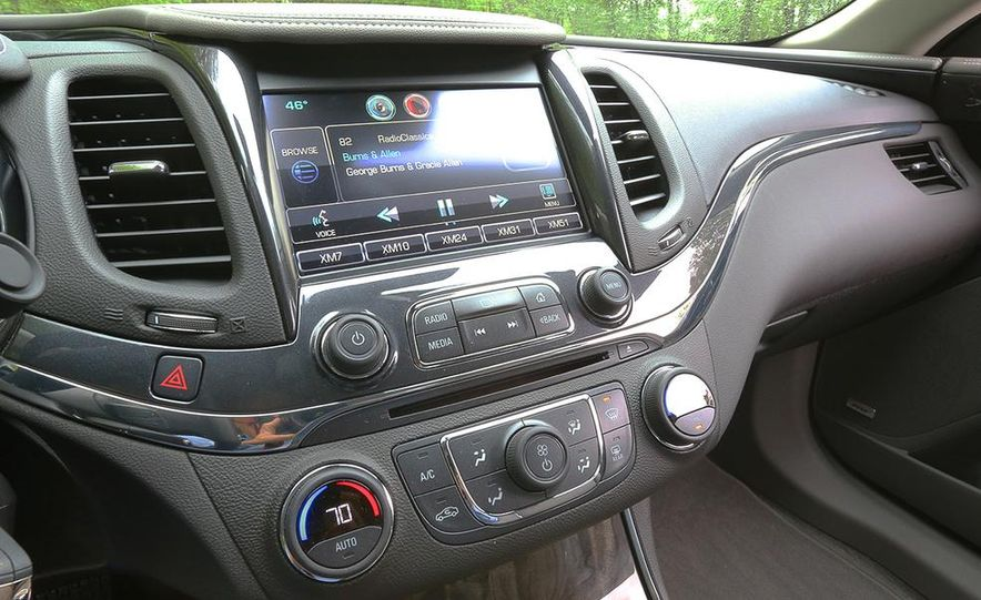 2014 Chevrolet Impala LT - Slide 15