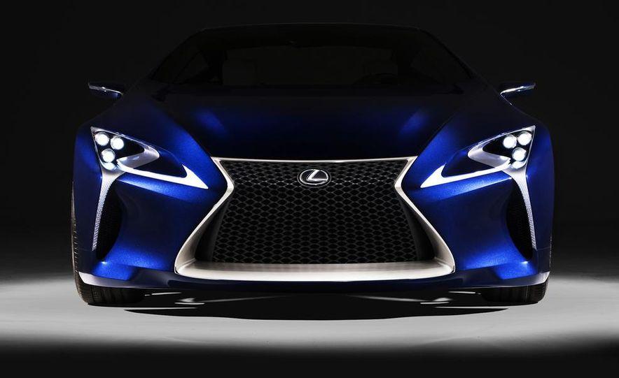 Lexus LF-LC Blue concept - Slide 17
