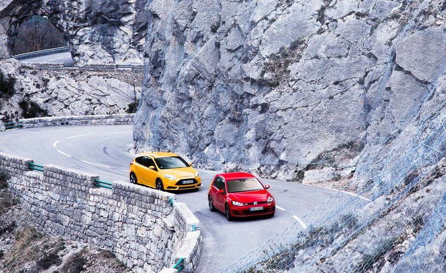 2015 Volkswagen GTI 5-door and 2013 Ford Focus ST (Euro-spec) - Slide 6