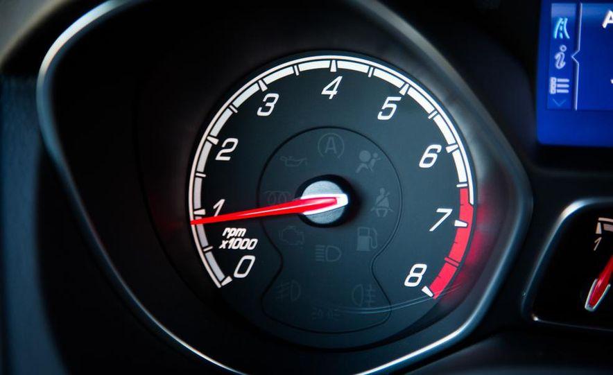 2015 Volkswagen GTI 5-door and 2013 Ford Focus ST (Euro-spec) - Slide 47