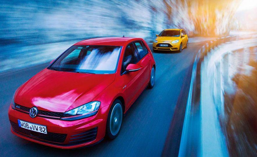 2015 Volkswagen GTI 5-door and 2013 Ford Focus ST (Euro-spec) - Slide 1
