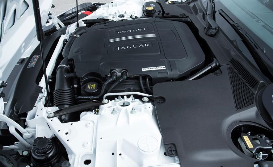 2015 Jaguar F-type coupe (spy photo) - Slide 75