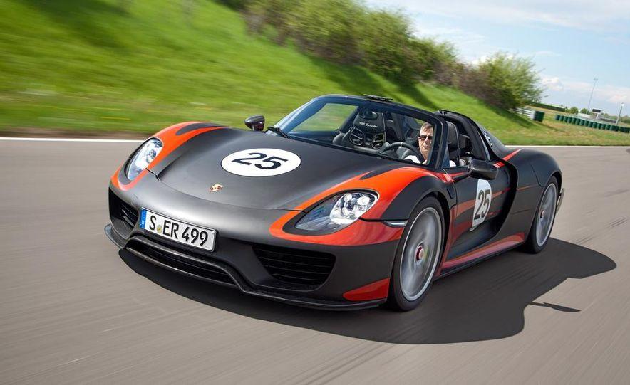 2015 Porsche 918 Spyder - Slide 1