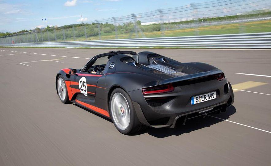 2015 Porsche 918 Spyder - Slide 5