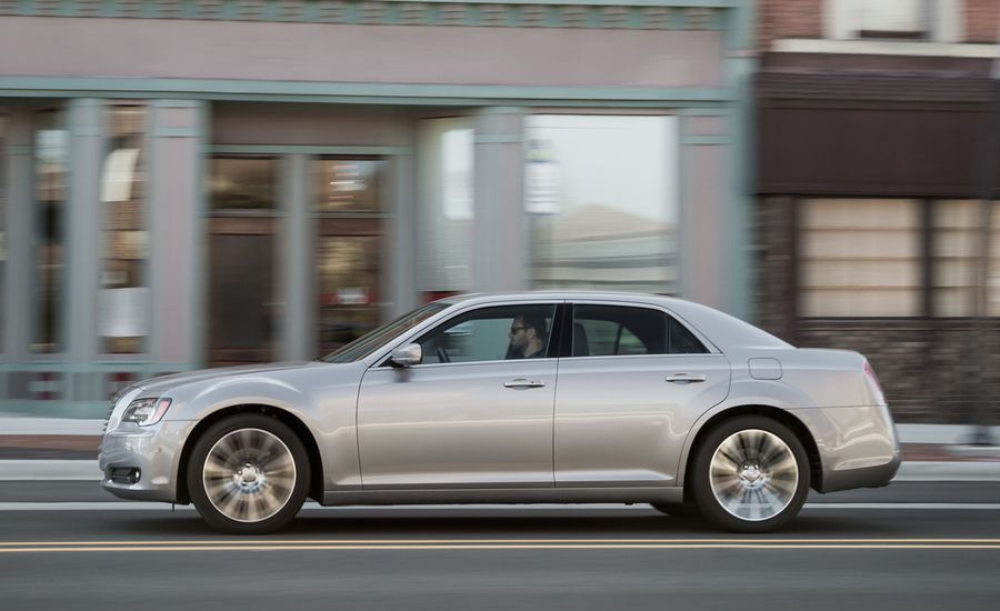 2013 Chrysler 300S
