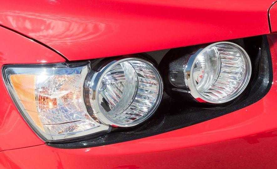 2013 Chevrolet Sonic RS - Slide 9