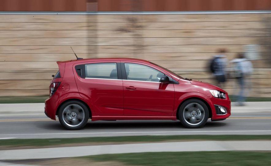 2013 Chevrolet Sonic RS - Slide 4