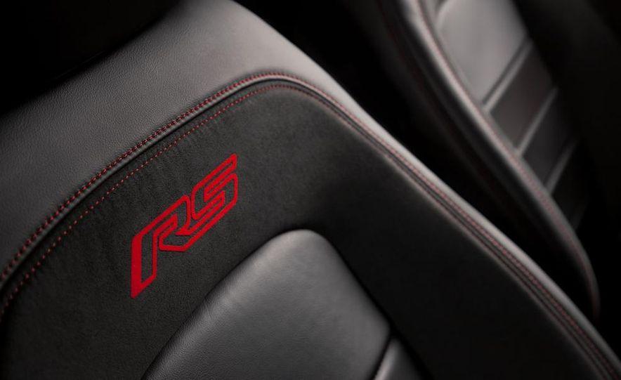 2013 Chevrolet Sonic RS - Slide 21