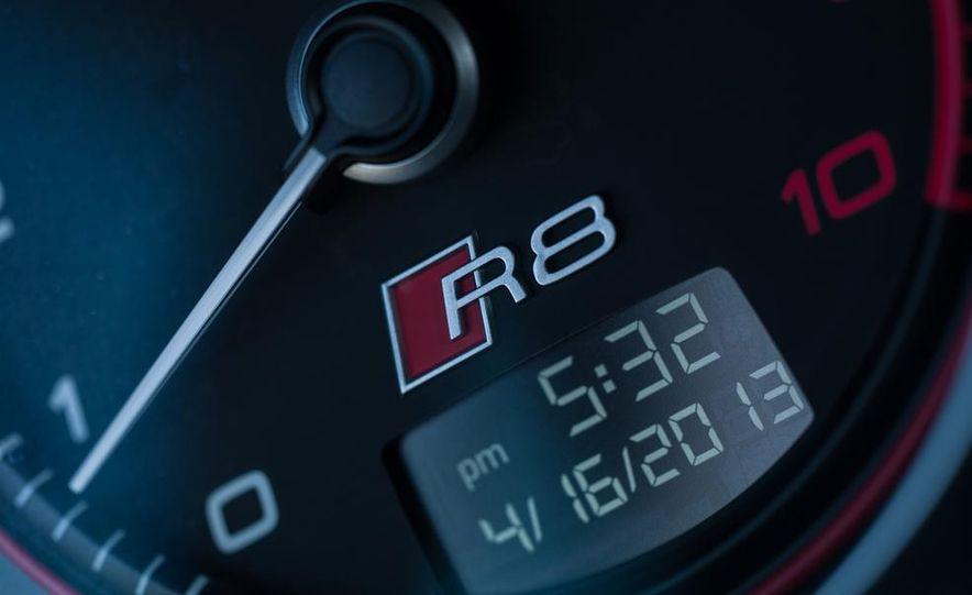 2014 Audi R8 V-10 Plus - Slide 27