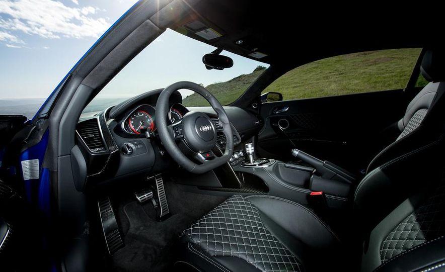 2014 Audi R8 V-10 Plus - Slide 20