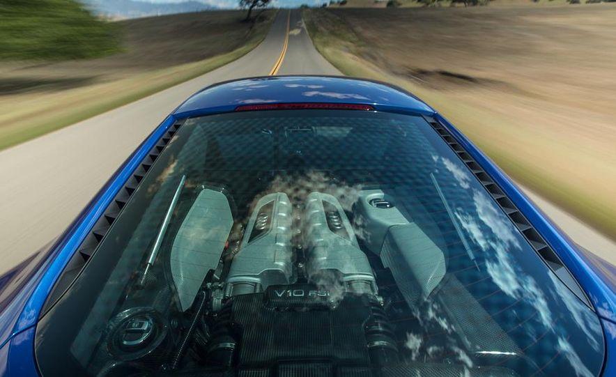 2014 Audi R8 V-10 Plus - Slide 10