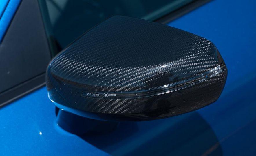 2014 Audi R8 V-10 Plus - Slide 14