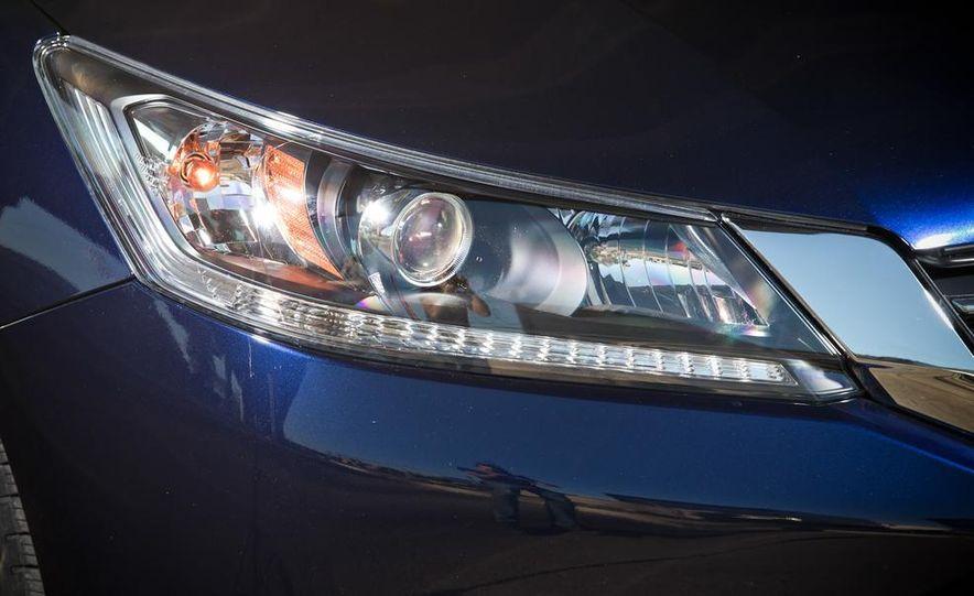2014 Mazda 6 Grand Touring and 2013 Honda Accord EX-L - Slide 16
