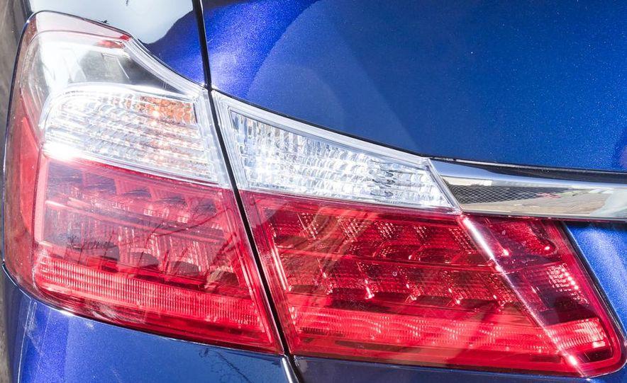 2014 Mazda 6 Grand Touring and 2013 Honda Accord EX-L - Slide 19