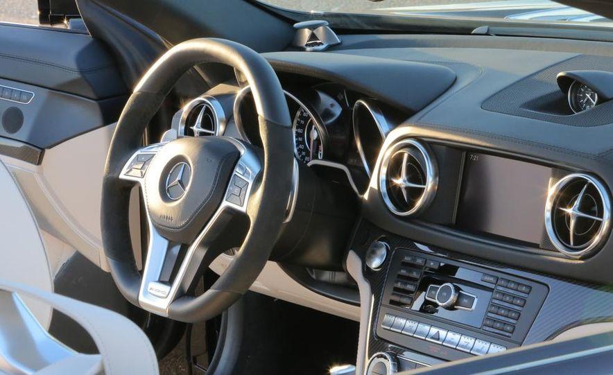 2013 Mercedes-Benz SL65 AMG - Slide 19