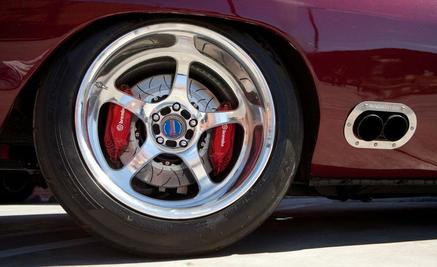 Fast & Furious 6 - Slide 44