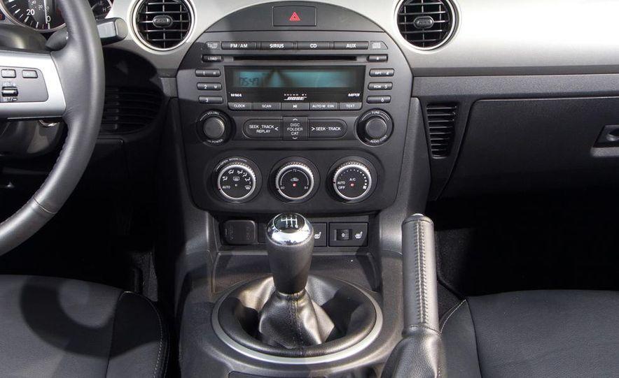 2012 Mazda MX-5 Miata - Slide 14